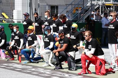 Tak Ikut Aksi Berlutut di F1 GP Austria 2020, Leclerc Beri Penjelasan
