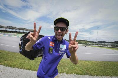 Pembalap Ini Angkat Topi atas Karier Fantastis Rossi