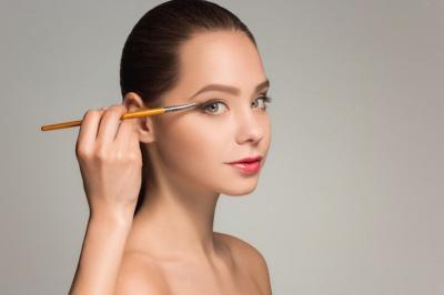 Beautypedia: Apa Fungsi Eyeshadow? Kenali Pula Jenisnya