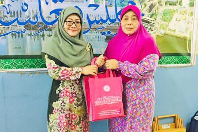 Kisah Wanita Suku Dayak Iban Memeluk Islam