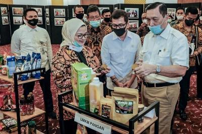 Menparekraf Wishnutama Apresiasi Partisipasi UMKM dalam Gerakan  BanggaBuatanIndonesia