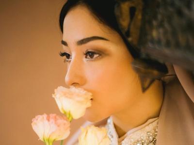 Potret Cantik Nikita Willy bak Putri Timur Tengah, Dikira Foto Prewedding!