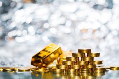 Semakin Berkilau, Harga Emas Berjangka Menguat di Atas USD1.800 Ons