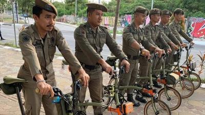 Viral Foto Polisi Pamong Praja Bersepeda Mewah, Kasatpol PP: Biasalah Gaya-gayaan