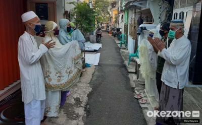 5 Perbuatan Memuliakan Tetangga yang Harus Dijalankan Muslimin