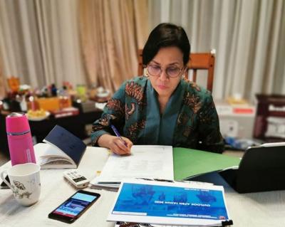 Turun 12%, Sri Mulyani Pusing Penerimaan Pajak Seret