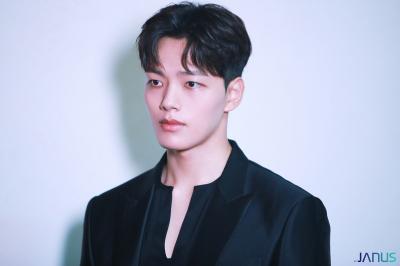 Sung Dong Il Jadi Alasan Utama Yeo Jin Goo Main di House on Wheels