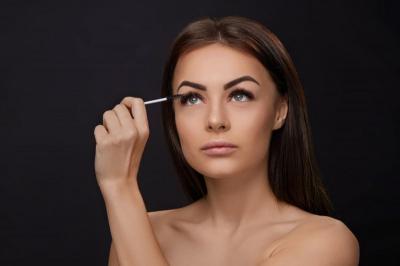 Beautypedia: Suka Pakai Maskara? Kamu Tim Maskara Washable atau Waterproof?