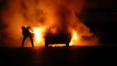 Waspada, Ini 6 Pemicu Kebakaran pada Mobil
