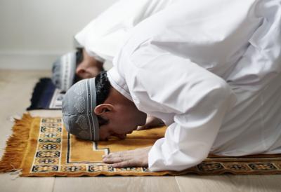 Adab di Hari Jumat Sesuai Sunah Nabi Muhammad