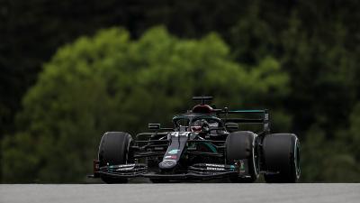 Start Terdepan di F1 GP Styria 2020, Wolff: Hamilton Pembalap dari Dunia Lain!