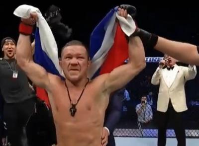 Duel di Fight Island dalam UFC 251, Petr Yan Tumbangkan Jose Aldo