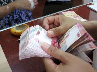 Rupiah Menguat Pagi Ini ke Level Rp14.370 USD