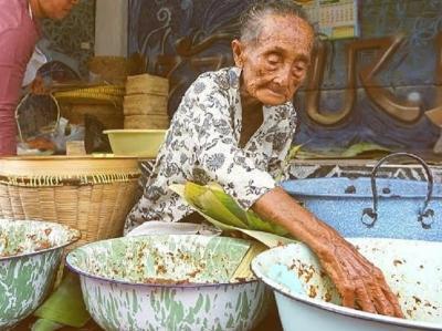 Spirit Mbah Lindu Berjualan Gudeg sejak Zaman Belanda hingga Usia 100 Tahun