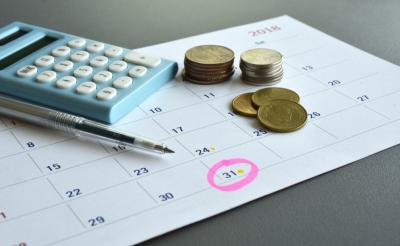 5 Cara Ngobrolin Uang Bersama Pasangan
