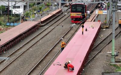 Gerbong Kereta KAI Retak-Retak, BPKP dan BPPT Diminta Audit
