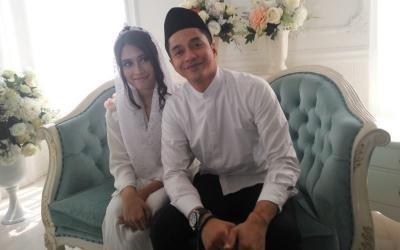 Angbeen Rishi Hamil, Ekspresi Girang Adly Fairuz Jadi Sorotan