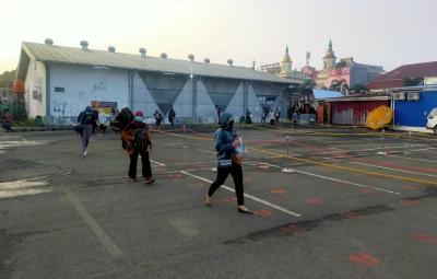 Situasi di Stasiun Bogor Relatif Sepi Penumpang pada Senin Pagi