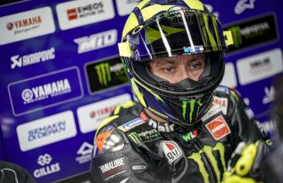 Rossi Disebut Sudah Rela Urung Bawa Seluruh Krunya ke Petronas Yamaha SRT