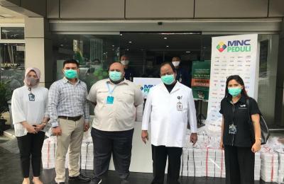 MNC Peduli dan Produser Pangan Asia Salurkan Makan ke RS Azra Bogor