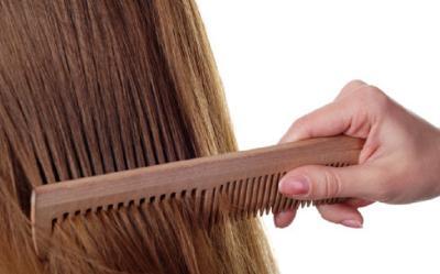 5 Cara Mudah Menebalkan Rambut Secara Alami, Apa Saja?