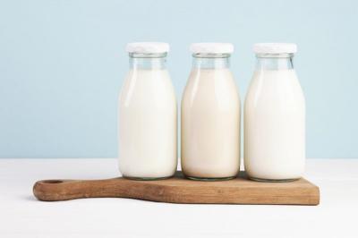 Tak Hanya Baik untuk Tulang, Manfaat Susu Bikin Wajahmu Cerah