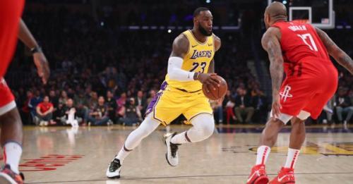Bikin Harden Frustrasi, LeBron James Bawa LA Lakers Taklukkan Houston Rockets
